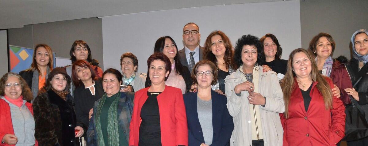 La présentation de la Charte de la parité Homme-Femme a été organisée à Rabat, visant la consécration des principes d'équité et d'égalité.